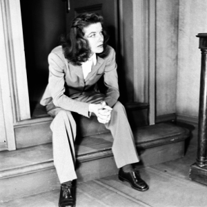 Katharine-Hepburn-was-an-early-pioneer-of-androgynous-fashion